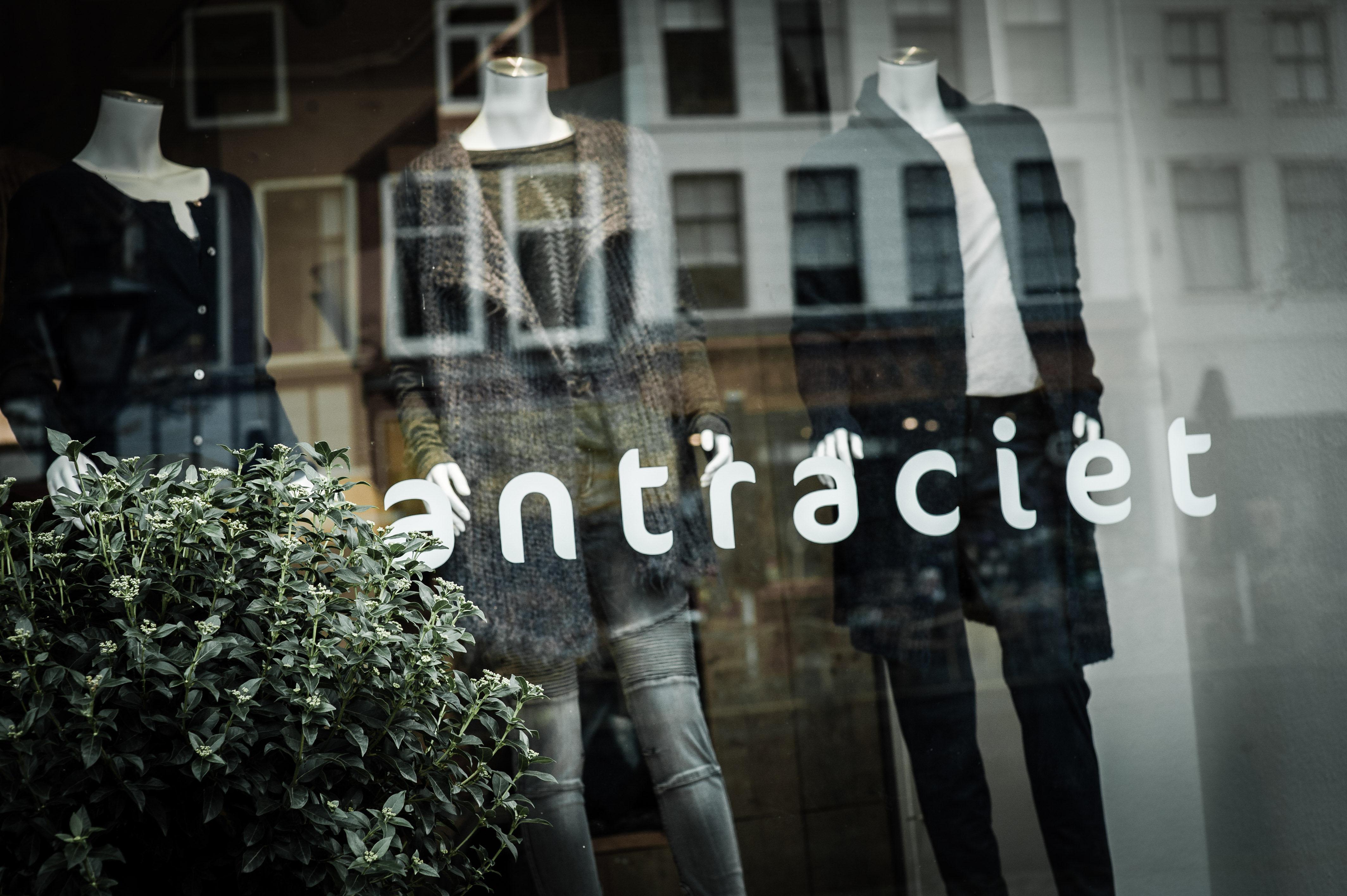 Sfeerbeeld Antraciet|Living & Fashion Leiden